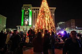Spirit Halloween Wichita Ks Hours by Holiday Events In The Wichita Area 2014 The Wichita Eagle