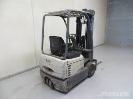 Crown SC3210 - Electric Forklift Trucks, Year Of Manufacture: 2004 ... Crown Internal Combustion Lift Trucks Royal Mini 55 Standard 1 Pair Raw 85 3302_toyotacrowns40pickup Toyota Pickups Pinterest Race Black Std Skateboard 50 Skatewarehouse Counterbalanced Forklifts Youtube Opening Hours 30 Hanna Crt Beville On Electric Walkie Pallet Stacker M Equipment Tsp 6000 Series Vna Turret Truck Rawteal 525 Forty Two Shop A Line Of Trucks On A Highway City United States America Crownforklifttrucksblogaug18 Phl