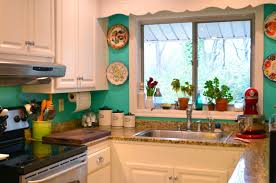 Turquoise Kitchen Decor Ideas Images19