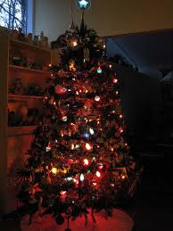 Kinds Of Christmas Tree Lights by Dime Store Chic Our Holiday House Night And Day