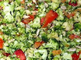 cuisiner du brocoli salade de brocolis cuisine marocaine et arabe
