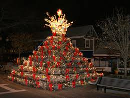 Decorative Wooden Lobster Trap by This Is A Thing Lobster Trap Christmas Trees Are Serious Business
