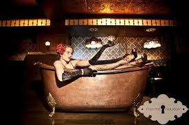 calendar bathtub gin