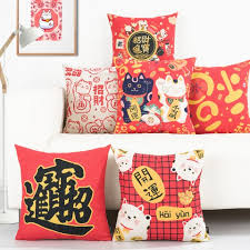 Red Decorative Pillows by Best Throw Pillows For Home Decor Buy Cheap And Creative Pillows