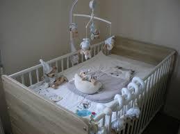 chambre autour de bébé a quoi ressemble la chambre de mon petit chaton grandir avec lui