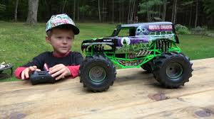 TOYS FOR BOYS - EXTREME RC GRAVE DIGGER MONSTER TRUCK TEST DRIVE ... Ax90055 110 Smt10 Grave Digger Monster Jam Truck 4wd Rtr Gizmo Toy New Bright 143 Remote Control 115 Full Function 24 Volt Battery Powered Ride On Walmart Haktoys Hak101 Invincible Turbo Twister Rechargeable Rc Hot Wheels Shop Cars Amazoncom Giant Mattel Axial Electric Traxxas Sonuva Truck Stop Rc Trucks Show Scale Playtime Dragon Cheap Car Find Deals On Line At Sf Hauler Set Carrier With Two Mini