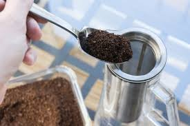 Make Sure To Brush Off Any Loose Grounds On The Top Lip Or Alternatively You Can Use A Funnel If Have An AeroPress That