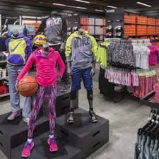 Nike Outlet Nj by Nike Factory 10 Photos 20 Reviews Shoe Stores 810