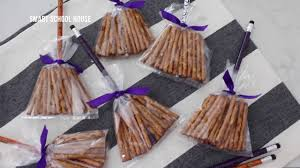 Halloween Pretzel Sticks by Halloween Pretzel Broom Sticks Youtube