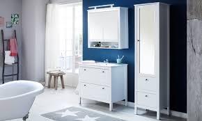 badezimmer im landhausstil einrichten