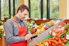 vendeur en alimentation salaire études rôle compétences