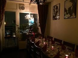 geschmackvolle ehrliche italienische küche im wohnzimmer