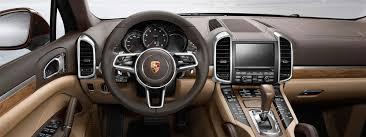 2016 Porsche Cayenne Interior fers Prime Luxury Features