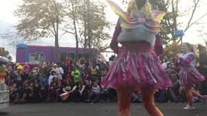 Sesame Place Halloween Parade by 10 25 15 Watching Sesame Place Halloween Parade Mov Youtube