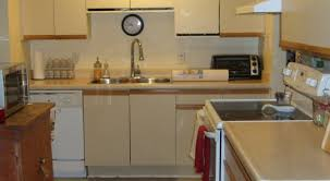 Redoing Kitchen Cabinets 1980 S Simply Chic Treasures 1980s Melamine Cupboard Update
