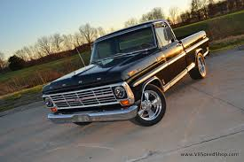 1969 Ford F100 / 2002 Ford Lightning