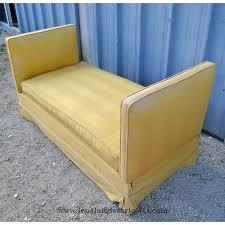 canapé lit ancien ordinaire canapes et fauteuils en solde 11 ancien lit de repos