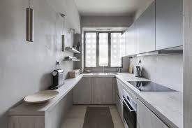 peinture grise cuisine peinture gris perle et meubles blanc cassé en déco mini studio