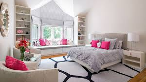 20 Elegant And Tranquil Pink Gray Bedroom Designs