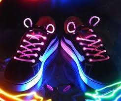up shoelaces