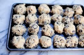 db9113be d321 4122 bcc7 38b009a4f896 food52 chochipcookies4 JPG