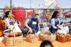 Shawns Pumpkin Patch Los Angeles Ca by Aja Naomi King Photos Photos Feeding America And The Los Angeles