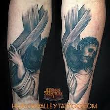Christian Jesus Christ Carrying The Cross Portrait Tattoo Done By Diego Martin At Hudson Valley
