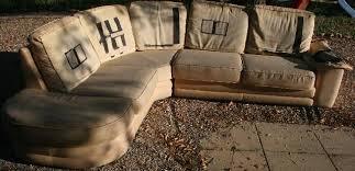 donne canapé d angle photo donne canapé d angle se divise en 2 pour le