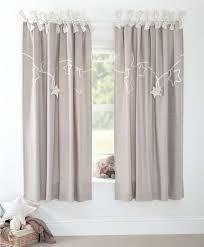 rideau pour chambre bébé paire de rideaux pour chambre enfant millie boris mamas