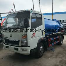 China Rhd HOWO 5cbm 5t Sewer Sewage Suction Tank Truck - China Sewer ...