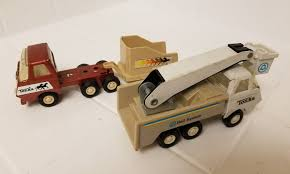 LOT OF 2 Vintage Tonka Trucks - Bell System & Hoarse Transporter ... Dating Tonka Trucks Navigation 61977 Tonka Truck Mighty Front End Loader Profit Kustom Trucks Make Custo M 1957 Tandem Axle Dump Truck The Is The File1960s Truckjpg Wikimedia Commons Lot Of 2 Vintage Bell System Hoarse Transporter Top 7 Of 2018 Video Review 28 Fordtruckscom Janas Favorites Breyer Bruder And Toys High Desert Ranch Amazoncom Toughest Handle Color May Vary Party Supplies Sweet Pea Parties