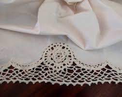 Lace bedskirt