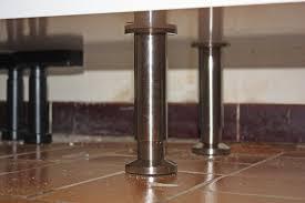 pied de meuble de cuisine meubles cuisine inox evier angle cuisine inox une cuisine darty