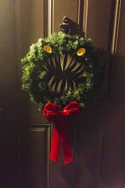 Nightmare Before Christmas Halloween Decorations by Best 25 Nightmare Before Christmas Wreath Ideas On Pinterest