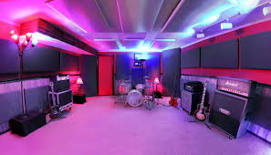 Redwood Studios Is A Metro St Louis Recording Studio Offering Professional Quality At Every Stage Of Music We Work With Artists During