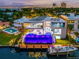 104 Water Front House Front Miami Fl Front Homes For Sale 1 257 Homes Zillow