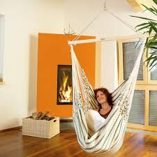 hängesessel fürs wohnzimmer wetterfester hängestuhl chico