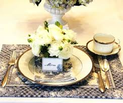 S Gorgeous Candles Magnificent Centerpieces Easy Spring Table Decorations Wedding Brunch Ideas
