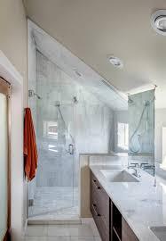 salle de bains combles combles une bain sous pente ou 15