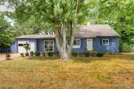 100 Dorr House 4194 Sandy Drive MI 49323 Century 21 White Realty