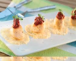 cuisiner les noix de jacques cuisine noix de st jacques sautées et concassé de tomates