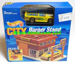 100 Mini Truck Wheels Hot Sto Go Burger Stand Yellow WUHG Wheels