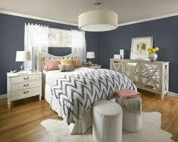 chambre deco adulte chambre à coucher chambre adulte deco chaleureuse gris idée
