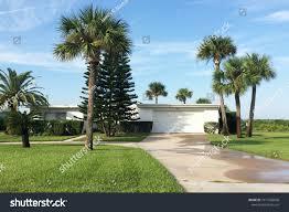 100 Mid Century Modern Beach House Daytona Shores Floridaseptember 25 2016 Stock Photo