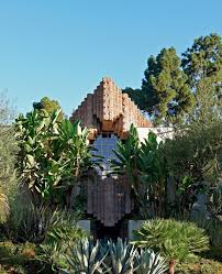 100 Frank Lloyd Wright La S Reinvigorated Sowden House In Los Angeles