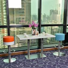China Solid Surface Quartz Stone Table Top With Ss Legs For Dining