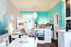 willkommen café amira