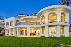 100 Beach Houses In La A House In Jolla California Is For Sale For 266
