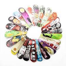 amazon com tech deck finger playing skate board maple fingerboard