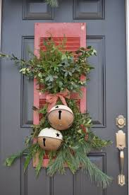 Rustic Outdoor Christmas Decor Ideas 4